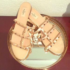 Valentino Garavani Rockstud Metallic Sandals 40.5